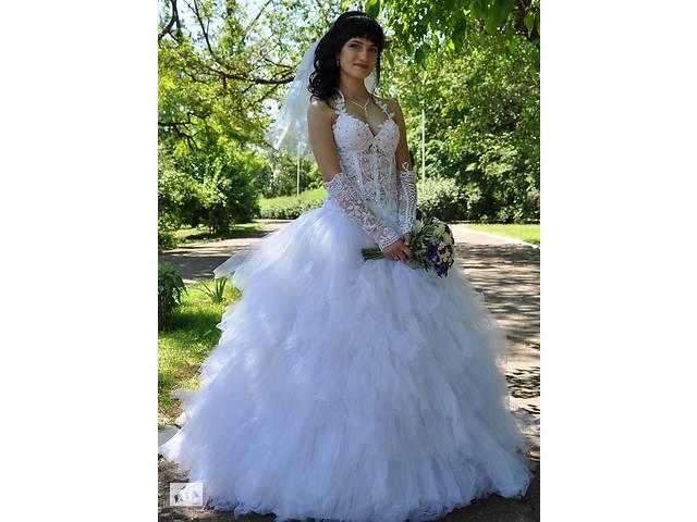 Продам свадебное платье и аксессуары- объявление о продаже  в Мариуполе