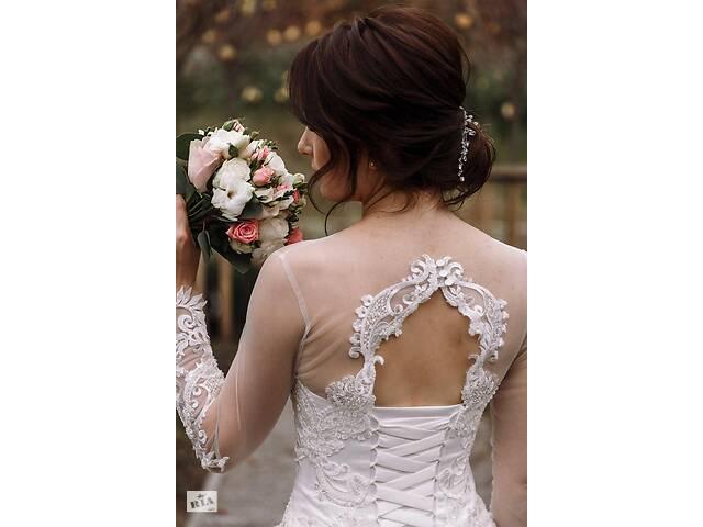 продам Продам весільну сукню б\у бу в Умані