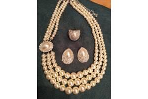 Роскошный комплект бижутерии класса Люкс - имитация жемчуга и бриллиантовой россыпи