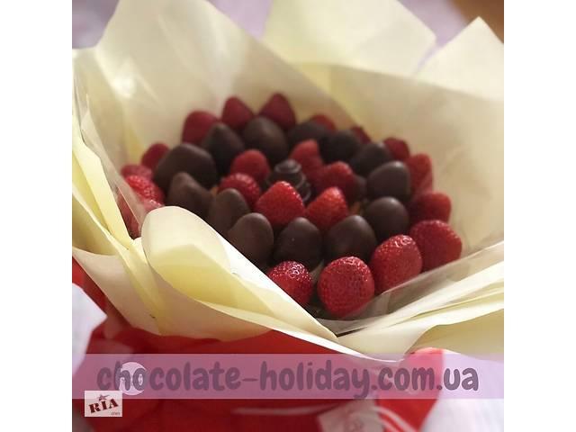купить бу Вкусный и оригинальный букет из клубники . Сладкий подарок боссу в Киеве