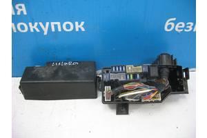 Б/У  Блок предохранителей на 2.5D механика Pathfinder 6356-4138. Вперед за покупками!