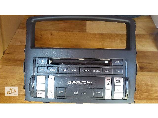 продам Б/у автомагнітола для універсалу Mitsubishi Pajero Wagon 2008 бу в Николаеве
