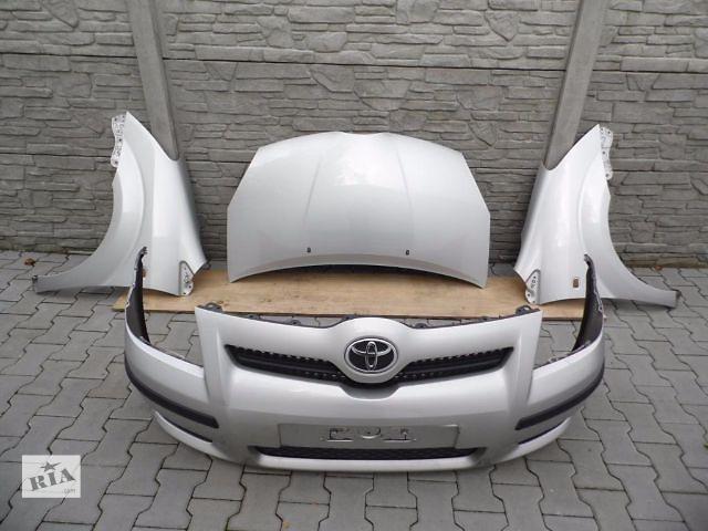 продам Б/у бампер передний для седана Toyota Corolla 2006 бу в Одессе
