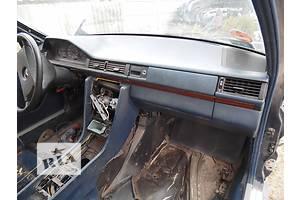 б/у Бардачки Mercedes 124