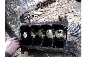 б/у Блоки двигателя Opel