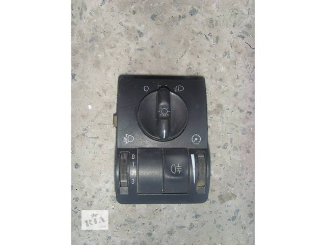 продам Б/у блок управления освещением для легкового авто Opel Combo бу в Борщеве (Тернопольской обл.)
