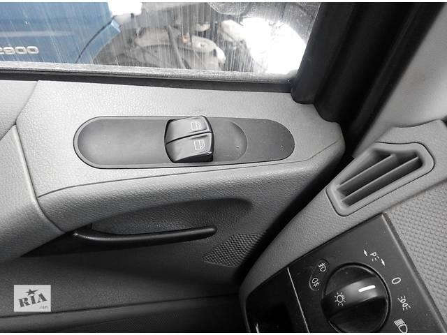 купить бу Б/у блок управления стеклоподьемниками для водителя Mercedes Vito (Viano) Мерседес Вито (Виано) V639 в Ровно