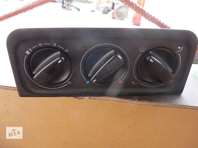 бу Б/у блок управління пічкою/кліматконтролем для хетчбека Volkswagen Golf IIІ 1996 в Львове