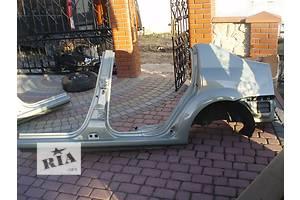 б/у Четверти автомобиля Renault Logan