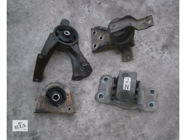 бу б/у Детали двигателя Подушка мотора Легковой Mitsubishi Lancer 9 в Луцке