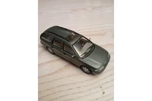 Б/у деталі кузова (Загальне) для Ford Mondeo 1993 - 1996