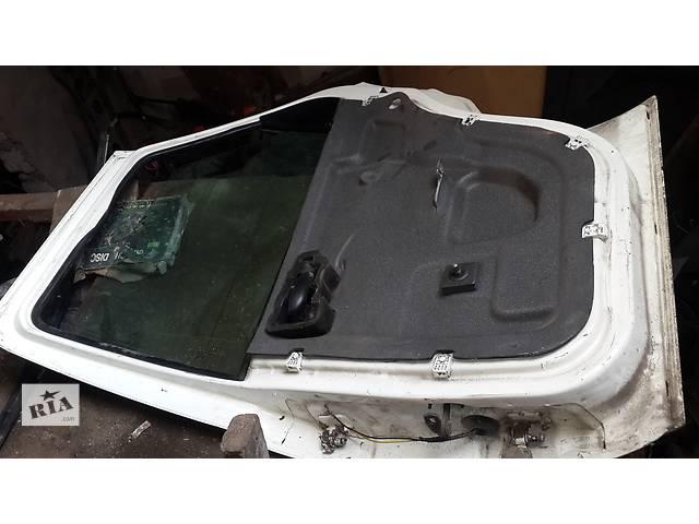 бу Б/у дверь передняя для хэтчбека Ford Escort в Николаеве