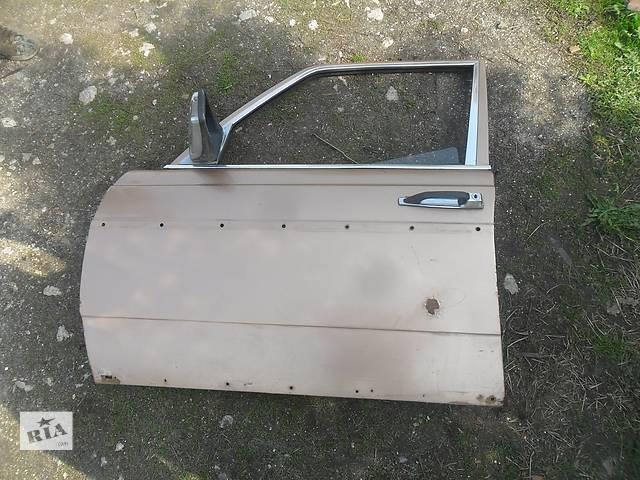 купить бу Б/у дверь передняя для седана Mercedes 123 в Дубно (Ровенской обл.)