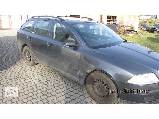 купить бу Б/у дверь передняя для седана Skoda Octavia A5 в Пустомытах (Львовской обл.)