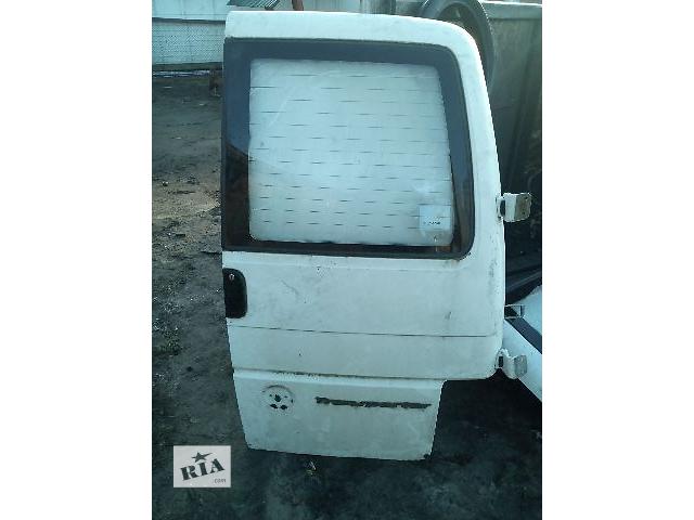 купить бу Б/у дверь задняя правая под стекло для легкового авто Volkswagen T4 (Transporter) в Ковеле