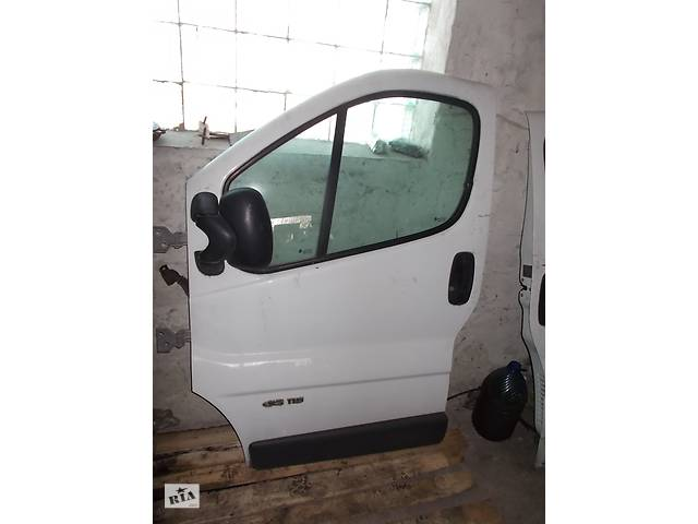 продам Б/у Дверь передняя Nissan Primastar бу в Стрые