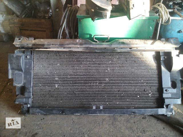 купить бу Б/у диффузор радиатора (рамка радиатора) для легкового авто Volkswagen T4 (Transporter) в Ковеле