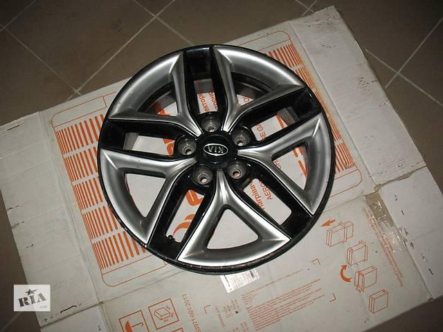 купить бу Б/у диск для легкового авто Kia Cerato в Нововолынске