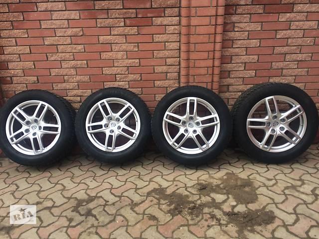 купить бу Б/у диск с шиной для легкового авто Porsche Cayenne в Черновцах