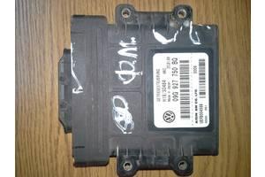 б/в Електронне упрвленіе, Control Relay Volkswagen Golf V
