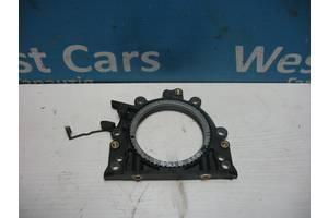 Б/У Кришка двигуна задня на 1.6 TDi Passat B6 2010 - 2014 038103173A. Вперед за покупками!