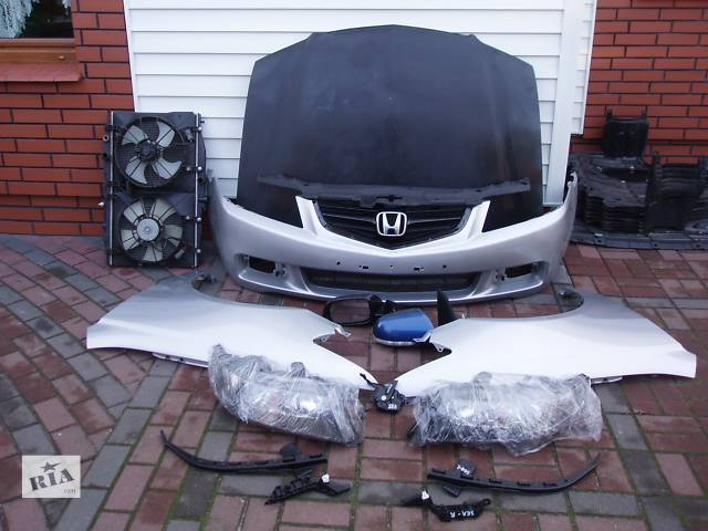 купить бу Б/у Фара левая, правая Honda Accord 2003-2005 в Киеве