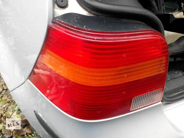 купить бу Б/у фонарь задний для хэтчбека Volkswagen Golf IV в Харькове