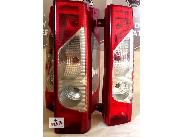 продам Б/у фонарь задний Ситроен Джампи Сітроен Джампі Citroen Jumpy III 2,0/1,6  2007 бу в Ровно