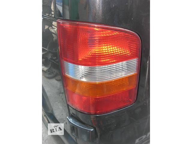 продам Б/у фонарь задний Volkswagen T5 бу в Ровно