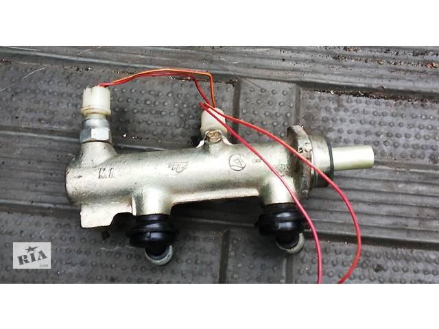купить бу Б/у главный тормозной цилиндр для Volkswagen LT 1985-1994 в Рівному