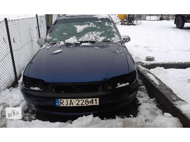 продам Б/у головка блока для седана Opel Vectra B бу в Яворове (Львовской обл.)