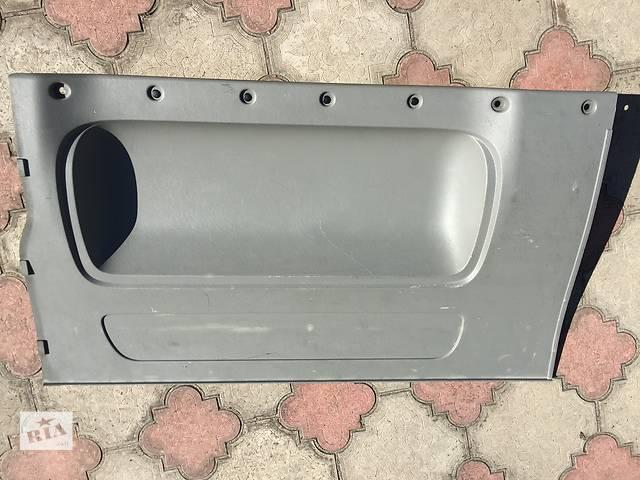 продам Б/у карта двери для легкового авто Renault Trafic бу в Ковеле
