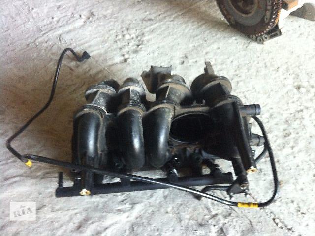 купить бу Б/у Коллектор впускной 1.4 бензин Dacia Logan 2008г в Львове