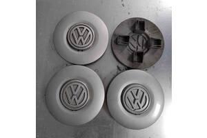 Б/у колпак на диск, оригинал, для Volkswagen Vento