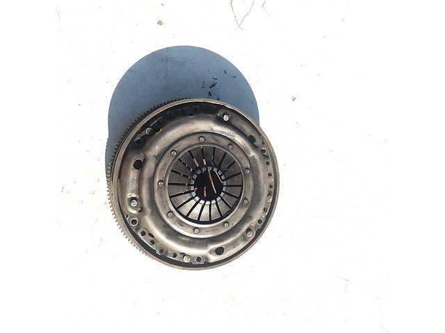 бу Б/у комплект сцепления для Mercedes 124 2.5 (605 двигатель) в Ковеле