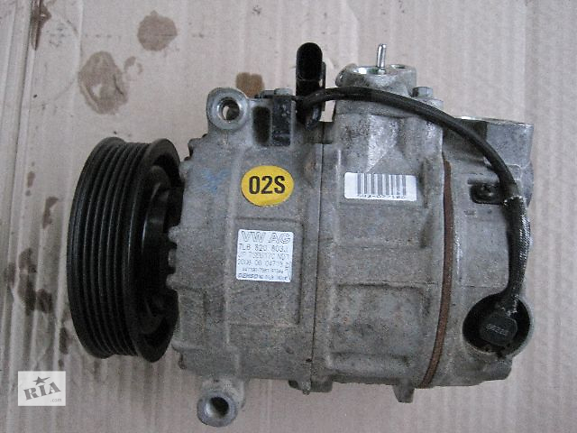 купить бу Б/у компрессор кондиционера для легкового авто Volkswagen Touareg в Виннице