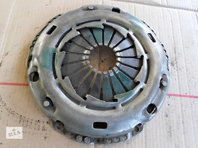 продам Б/у Корзина щеплення 1,8 1,9 TDI Фольксваген Пассат Volkswagen Passat 2003 бу в Рожище