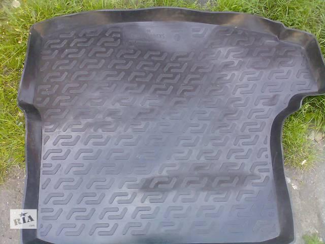 Б/у ковёр багажника для легкового авто Skoda Octavia A5- объявление о продаже  в Хмельницком