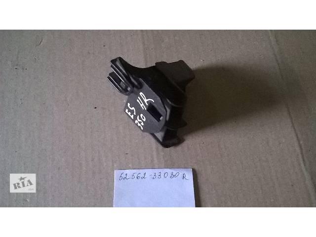 продам Б/у кронштейн крепления заднего бампера 52562-33030 для седана Lexus ES 350 2007г бу в Николаеве