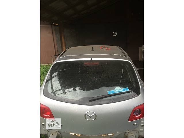 купить бу Б/у крышка багажника для хэтчбека Mazda 3 Hatchback в Ужгороде