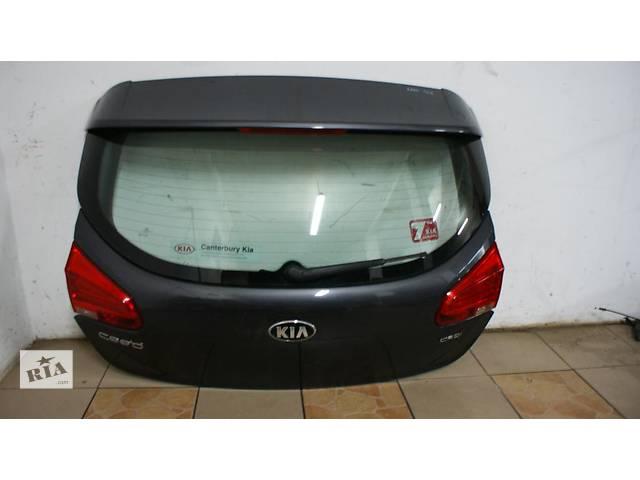 продам Б/у крышка багажника для легкового авто Kia Ceed бу в Львове