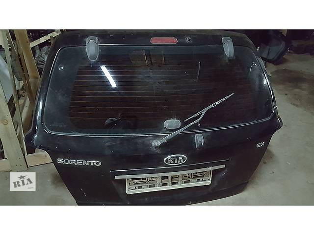 продам Б/у крышка багажника для легкового авто Kia Sorento бу в Ровно