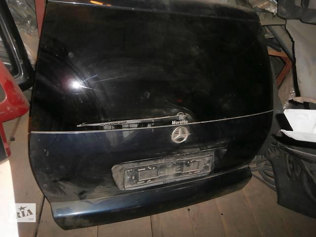 купить бу Б/у кришка багажника для легкового авто універсалу Mercedes 124 в Львове