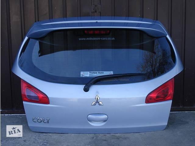 продам Б/у крышка багажника  Mitsubishi Colt Hatchback (3d) бу в Киеве