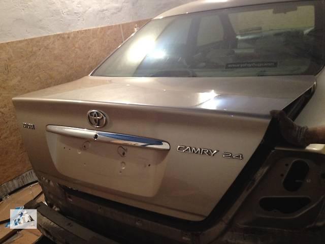 продам Б/у Крышка багажника Toyota Camry 30 бу в Киеве
