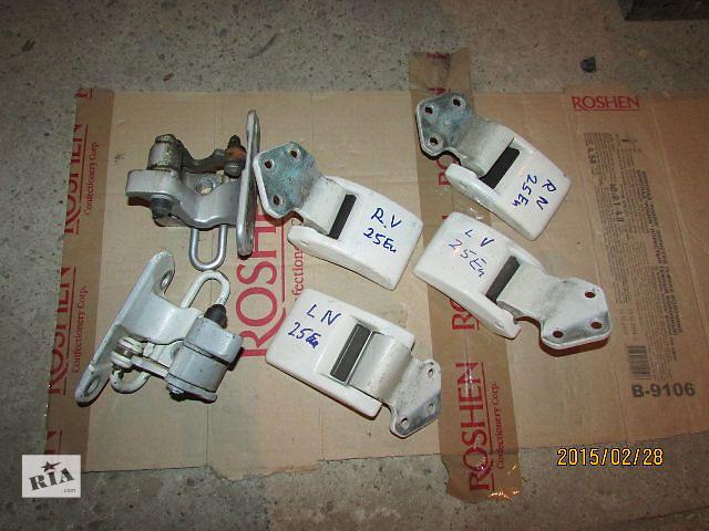 купить бу Б/у ограничитель двери для легкового авто Volkswagen T5 (Transporter) 2008 в Хусте