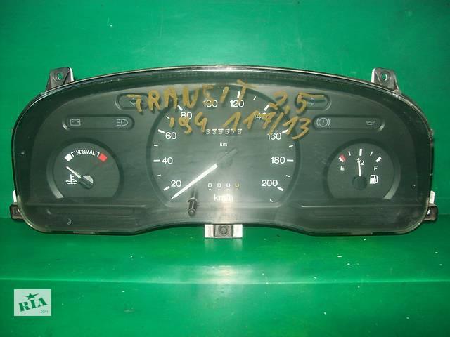 купить бу Б/у панель приладів/спідометр/тахограф/топограф для легкового авто Ford Transit (90-00) в Луцке
