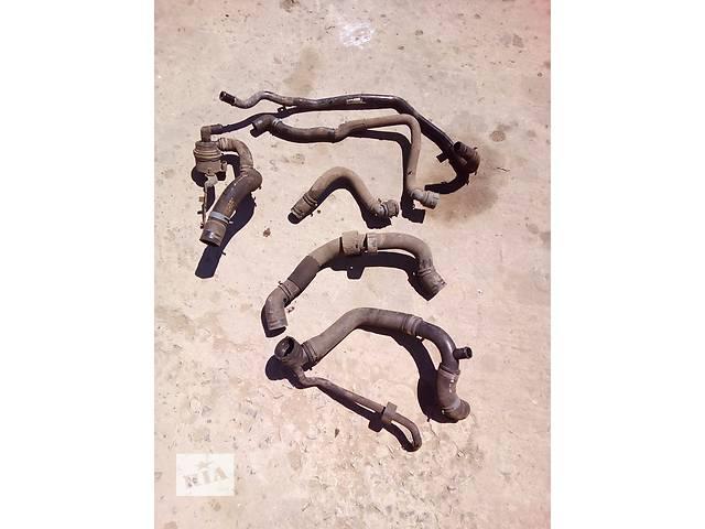 купить бу Б/у патрубок охлаждения для седана Volkswagen Passat B7 в Луцке