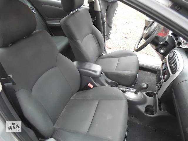 бу Б/у подлокотник кожаный для легкового авто Dodge Неон в Дубно (Ровенской обл.)