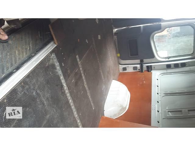 купить бу Б/у Пол ориг. підлога с такелажними рейками Volkswagen Crafter Фольксваген Крафтер 2.5 TDI 2006-2012 в Луцке